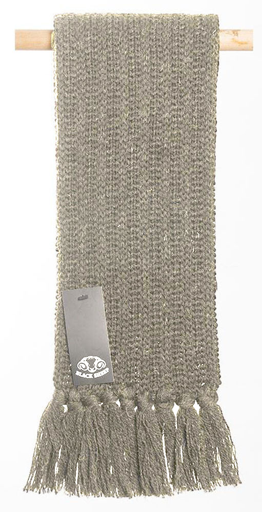 Black Sheep - Pure wool knitted scarf
